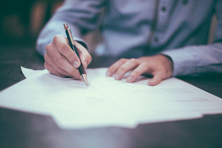 חוזה השכרה