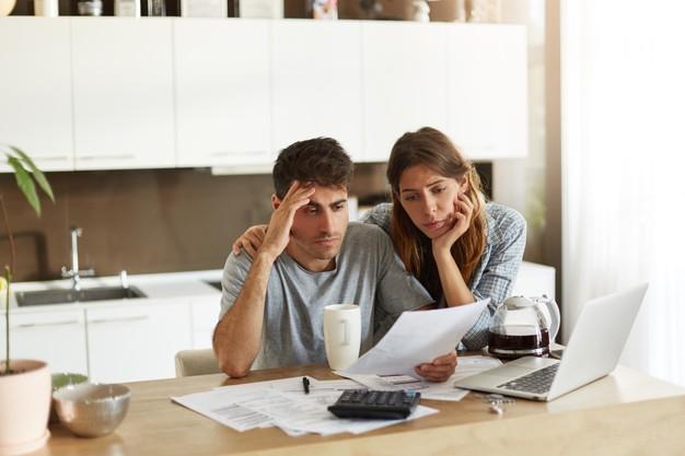 התמודדות עם חובות